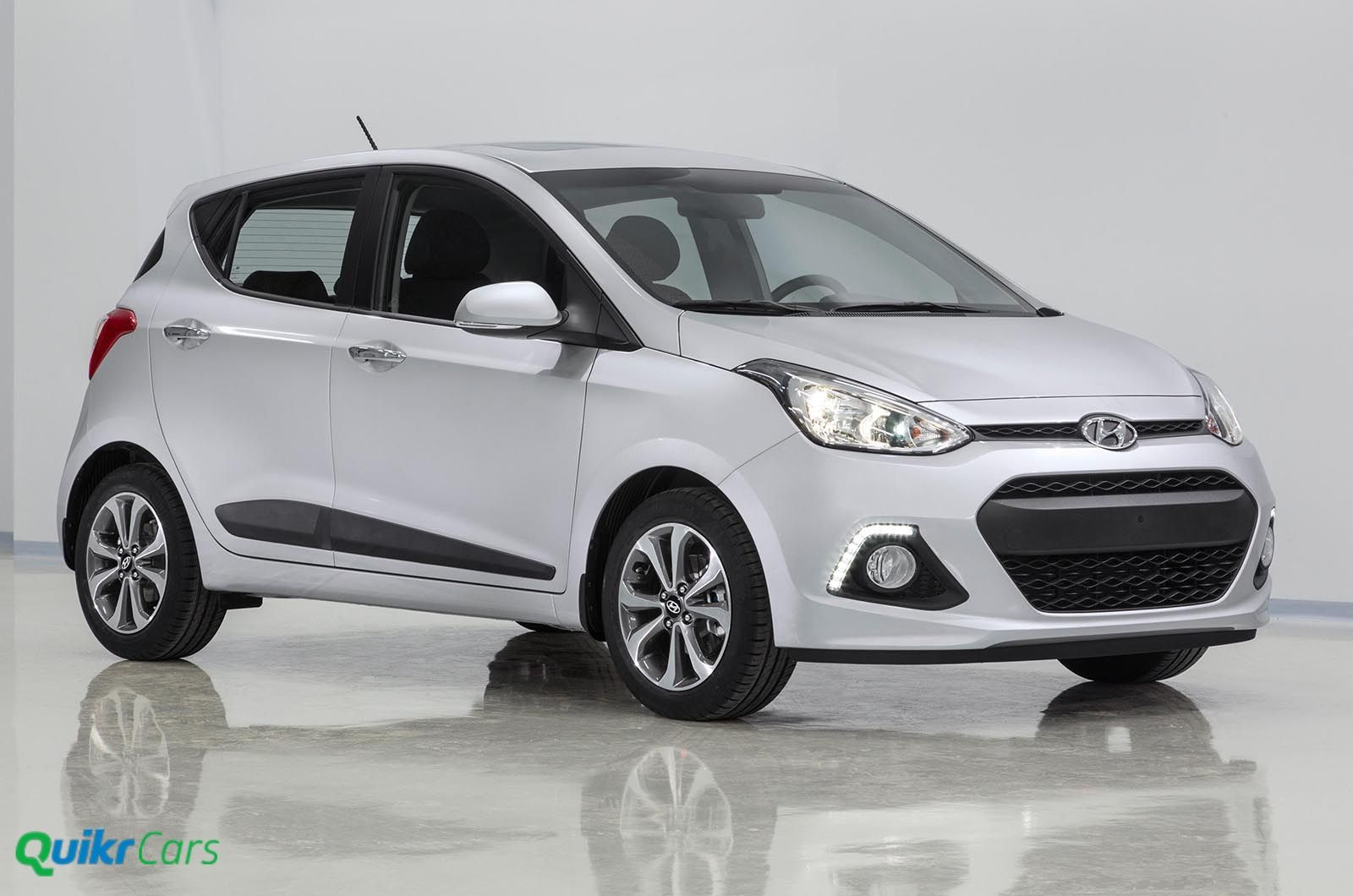 hyundai i10 grand check specification design and features. Black Bedroom Furniture Sets. Home Design Ideas