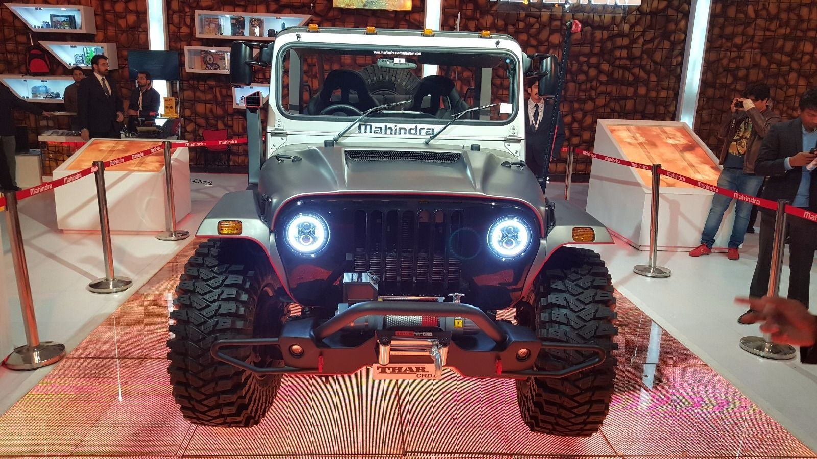 Blacked Out Jeep >> Mahindra Thar DayBreak edition launched in India